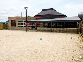 Mac's in Landen