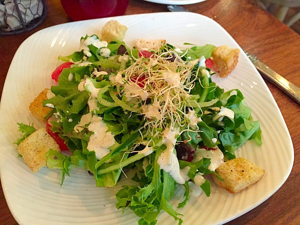 Cozy's House Salad
