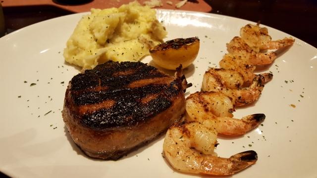 Firebirds filet & shrimp