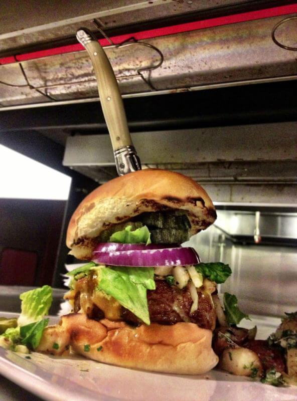 Bouquet Burger in Covington