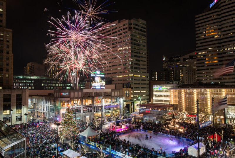 Holiday Date Idea – Macy's Light Up the Square